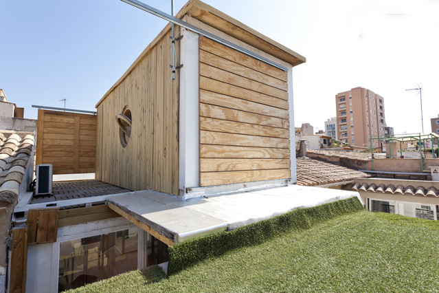 Fly House Container home